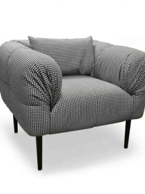 C17 fotelis 1